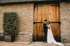 Claire and Stuart - The Tythe Barn, Bicester - Kent Wedding Photographer - Alex Tenters Photography