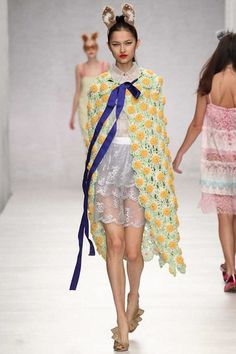 Repinned | Crotchet in a modern form - Fashion East Spring 2014 Ready-to-Wear Collection Slideshow on Style.com