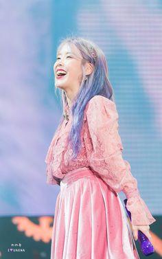 lee ji eun — 191103 Love, Poem Concert in Gwangju Day 2 Cr:. Korean Actresses, Korean Actors, Actors & Actresses, Iu Fashion, K Idol, Love Poems, Celebs, Celebrities, Korean Beauty