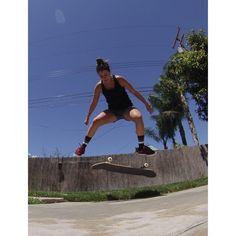 Insta Files Friday: Badass skater girls
