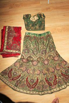 Indian/Pakistani Bollywood Designer Green & Red Bride Lengha/Chanya Choli…