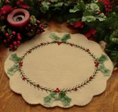 "Wool ""Holly & Pine"" Candle Mat Kit"