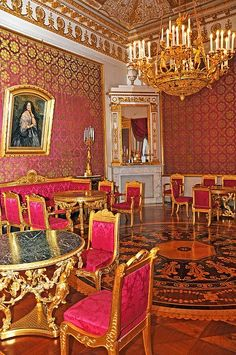 Yusupov Palace 's red drawing room , Moscow , Russia
