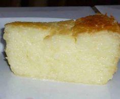 Receita de pudim de mandioca - Show de Receitas Other Recipes, Sweet Recipes, Cake Recipes, Dessert Recipes, Good Food, Yummy Food, Cake & Co, Just Desserts, Sweet Tooth