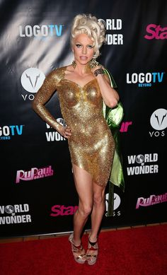 #CourtneyAct at the #RuPaulsDragRace Season 6 premiere party in L.A.