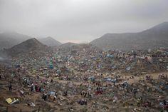 The Nueva Esperanza cemetery is seen during Day of the Dead celebrations in Villa Maria, Lima, Peru. (Photo: Enrique Castro-Mendivil/Reuters)