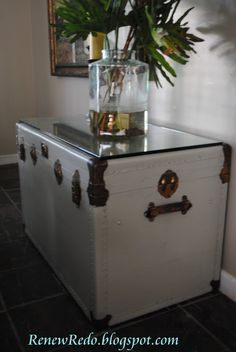 ReNew ReDo!: Painted Steamer Trunk With Glass Top