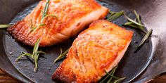 Grilled Salmon with Sea Salt and Chili | 21 Day Fix Containers: 1/2 Yellow, 1-1/2 Red