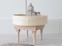 Moroccan table. Mesa marroquí auxiliar de madera. dar amïna shop
