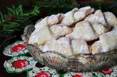 Cornulete fragede - CAIETUL CU RETETE Camembert Cheese, Deserts, Dairy, Cooking, Food, Desserts, Cuisine, Kitchen, Meal