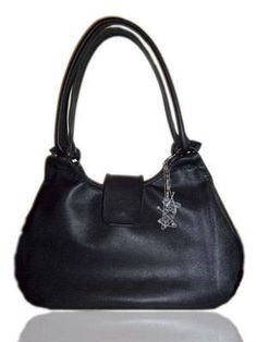 Spellbound Black Leather Shoulderbag This shoulderbag is created from a  soft black laurel leather. It 2011627ffc0c6