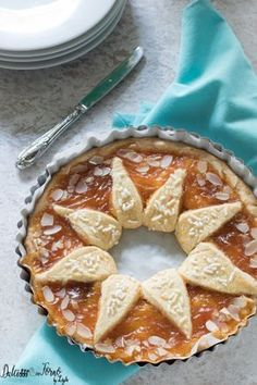 Crostata Sole della Prova del Cuoco di Natalia Cattelani, crostata morbida alla marmellata ricetta Dulcisss in forno by Leyla Cheesecake, Romanian Food, No Bake Pies, Crust Recipe, Sweet Cakes, Kitchen Recipes, Easy Cooking, Food Inspiration, Baked Goods
