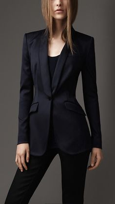Idea for Bailey - (Jacket+Pants) 2016 Women's Set Black Suits With Shawl Lapel Skinny Tuxedo Femal Casual Blazer Office Lady Business Wear Business Mode, Business Wear, Business Casual, Business Professional, Business Outfit Frau, Suits For Women, Clothes For Women, Burberry Women, Burberry Suit