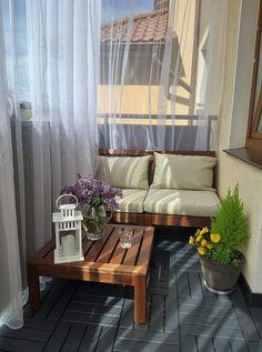Small Balcony Design, Tiny Balcony, Small Balcony Decor, Balcony Ideas, Apartment Balcony Decorating, Apartment Living, Apartment Porch, Apartment Patio Gardens, Apartment Balconies