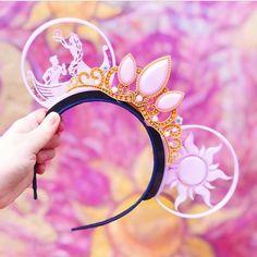 Disney mickey ears - At Last I See the Light with Lost Princess Tiara Disney Diy, Deco Disney, Diy Disney Ears, Disney Bows, Disney Crafts, Cute Disney, Disney Style, Disney Magic, Diy Disney Gifts
