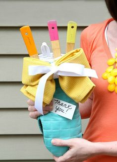 Handmade Gift #27-Paint-Dipped Spoon Sets via Mom Advice at AnOregonCottage.com