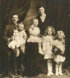 Another portrait of Zita and Karl with their 4 eldest children, L-R: Archduke Felix, Archduke Robert, Archduke Otto, and Archduchess Adelheid.