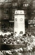 Dedication of Golders Green war memorial, London © Farthing Collection