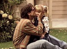 Uncle Jesse and Michelle ❤ Full House Tv Show, Full House Cast, Ful House, House Fan, Cute Celebrity Guys, Cute Celebrities, Full House Quotes, Michelle Tanner, Uncle Jesse