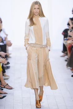 Chloé Spring 2012 Ready-to-Wear Collection Slideshow on Style.com
