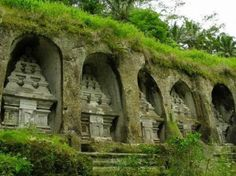 Tomb of Raja at Mount Kawi is a shrine of past spiritual advisors of the area. The tombs are craved out of the mountains stone cliffs.  Photo credit: (tripadvisor.com)
