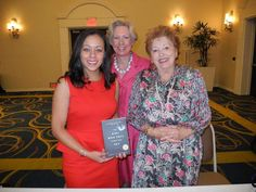 Library friends share joy of Deidi W. Durrows book The Girl Who Fell from the Sky