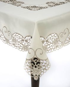 Saro Embroidery and Cutwork Tablecloth (Ivory), Beige Off-White (Polyester, Design) Cutwork Embroidery, Machine Embroidery, Embroidery Designs, Garden Embroidery, Lace Tablecloth Wedding, Lace Beadwork, Oblong Tablecloth, Floral Texture, Cut Work