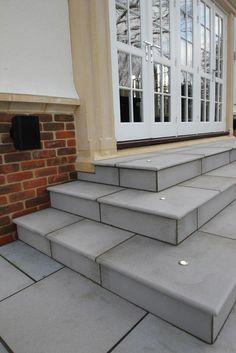 London Stone Contemporary Grey Sawn Sandstone Paving