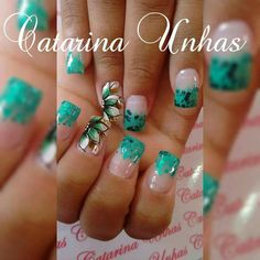 Unha diferente de Catarina Unhas. Different nail. Uñas diferentes. Unghie different.