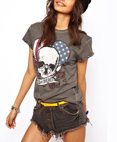Skull Print Dark Grey T-shirt With Rivets Sleeves