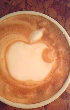 Apple Latte Art