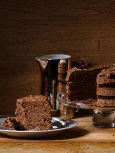 Κέικ σοκολάτας γεμιστό με τσοκοπάστα Sweet Corner, Greek Recipes, Carrot Cake, Carrots, Recipies, Muffin, Pudding, Sweets, Cookies