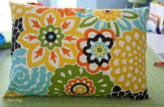 DIY throw pillow cases.... good tutorial with limited sewing