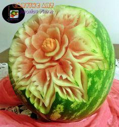 Kwiat na arbuzie :)