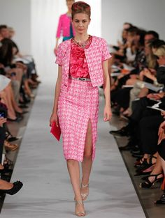 Oscar de la Renta - Pink tweed short sleeve jacket