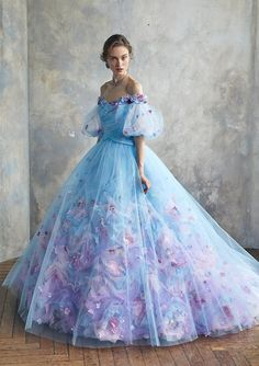 This Older Queen Cute Prom Dresses, Ball Dresses, Elegant Dresses, Pretty Dresses, Fairytale Dress, Fairy Dress, Fantasy Gowns, Princess Ball Gowns, Quince Dresses