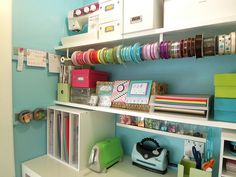 17 Amazing Craft Room Storage & Organising Ideas - The Organised Housewife : Tips for organising, decluttering and cleaning your home like the ribbon ideal for under shelf Space Crafts, Home Crafts, Fun Crafts, Craft Space, Craft Desk, Craft Room Storage, Craft Organization, Storage Ideas, Craft Rooms