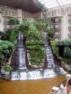 Waterfall in the Opryland Hotel, Nashville