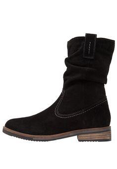 Pier One Korte laarzen black, 69.95, http://kledingwinkel.nl/shop/dames/pier-one-korte-laarzen-black-3/ Meer info via http://kledingwinkel.nl/shop/dames/pier-one-korte-laarzen-black-3/