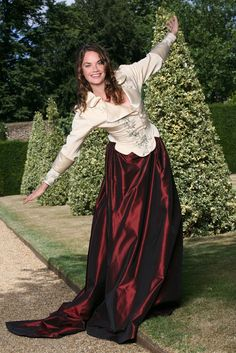 Picture of Ruth Wilson Luther, Ruth Wilson, Formal Gardens, Jane Eyre, English Actresses, British Actors, Satin Dresses, White Girls, Old Hollywood