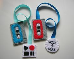 http://www.pinterest.com/johnnyt048/fabric-and-fabric-bead-jewelry/