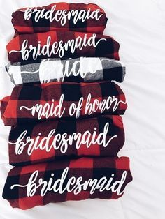 Bridal Party Flannel - Gorgeous Fall Wedding Ideas For Your Special Day - Photos