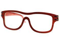Gafas de sol en madera, filtro UV, marca Maguaco S01. Maderas: Palo Sangre Brasil y Carreto Guajiro. $200.000 COP