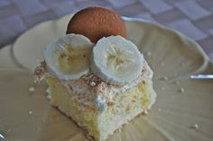 """Banana Pudding Cake-From a Cool Website with loads of """"point-less"""" & low point weight watcher meal & dessert recipes"""