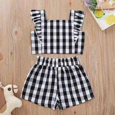 Frocks For Girls, Little Girl Outfits, Little Girl Dresses, Kids Outfits, Cute Outfits, Girls Summer Dresses, Cute Baby Dresses, Baby Girl Dress Design, Girls Frock Design