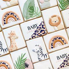 Fancy Cookies, Iced Cookies, Cute Cookies, Royal Icing Cookies, Cupcake Cookies, Sugar Cookies, Cupcakes, Cookie Favors, Flower Cookies