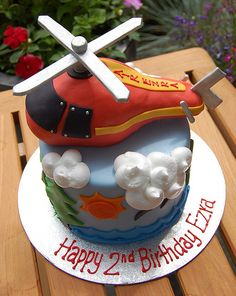 Helicopter Cake - I want this for my 2 year old's birthday party too bad i'm not that talented 2 Year Old Birthday Party, Happy 2nd Birthday, Boy Birthday, Birthday Ideas, Thomas Birthday, Birthday Cakes, Helicopter Cake, Helicopter Birthday, Marzipan