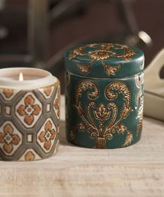 Medallion Scented Candle in Gift Box
