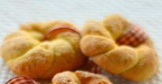 """Questi biscotti mi riportando indietro nel tempo a quando la mia nonnina mi preparava i """" suoi """" biscotti con l'ammoniaca; si si avete le..."""