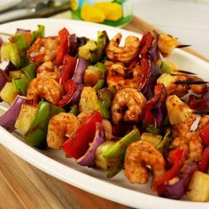 Get your license to grill and be sure to add this sizzling addition to your plate this Memorial Day! 🇺🇸 Pineapple Kabobs, Pineapple Recipes, Pineapple Juice, Graduation Party Foods, Family Night, Chipotle, Luau, Kung Pao Chicken, Meal Ideas